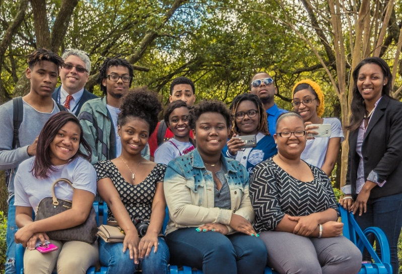 Photo of Dr. A And His Photojournalism Students, Jackson State 2016.