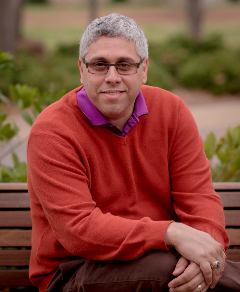 photograph of Dr. Luis Almeida, TEDx Speaker